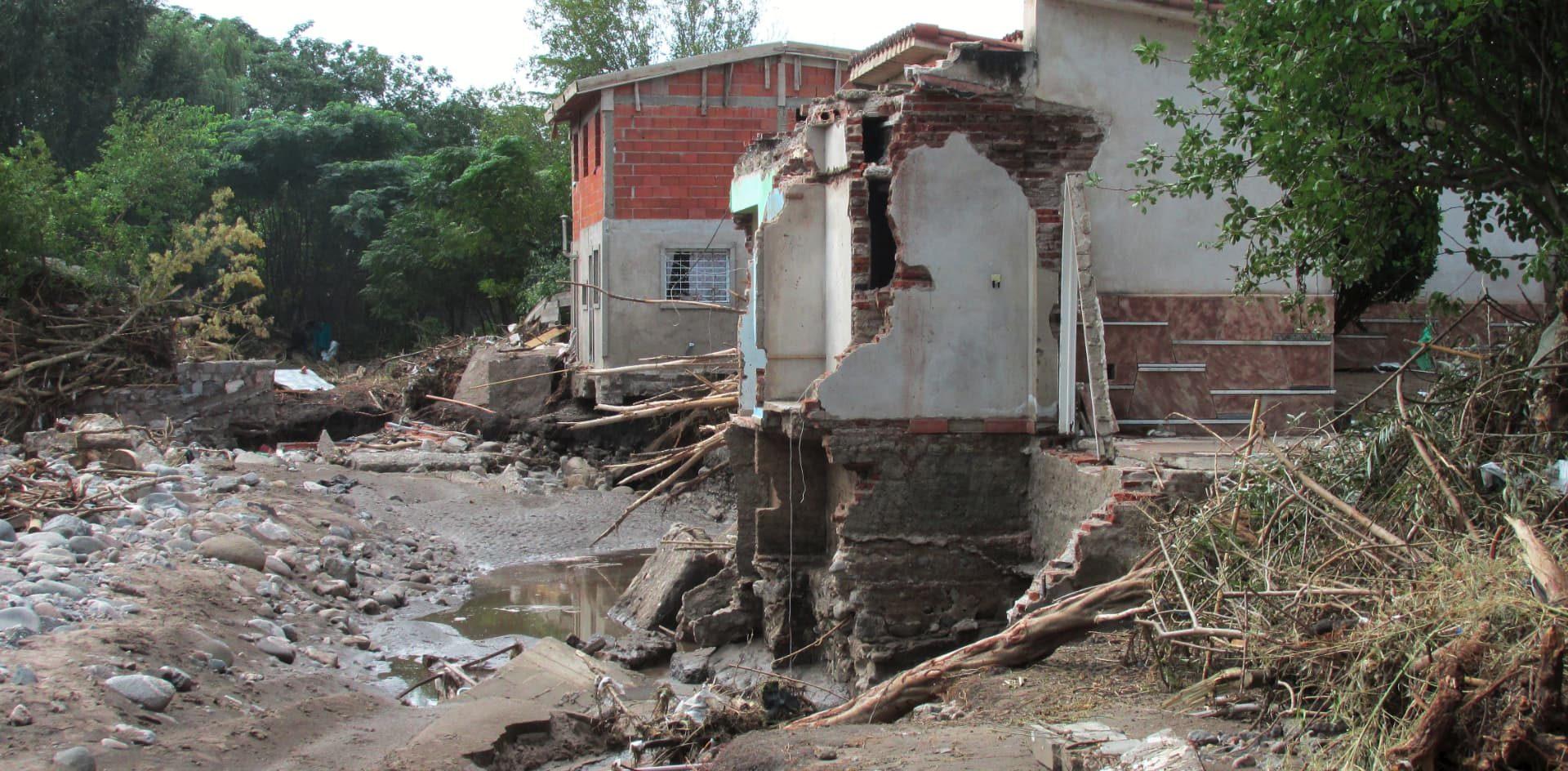 El informe científico de la UNC que explica las inundaciones en las Sierras Chicas de Córdoba