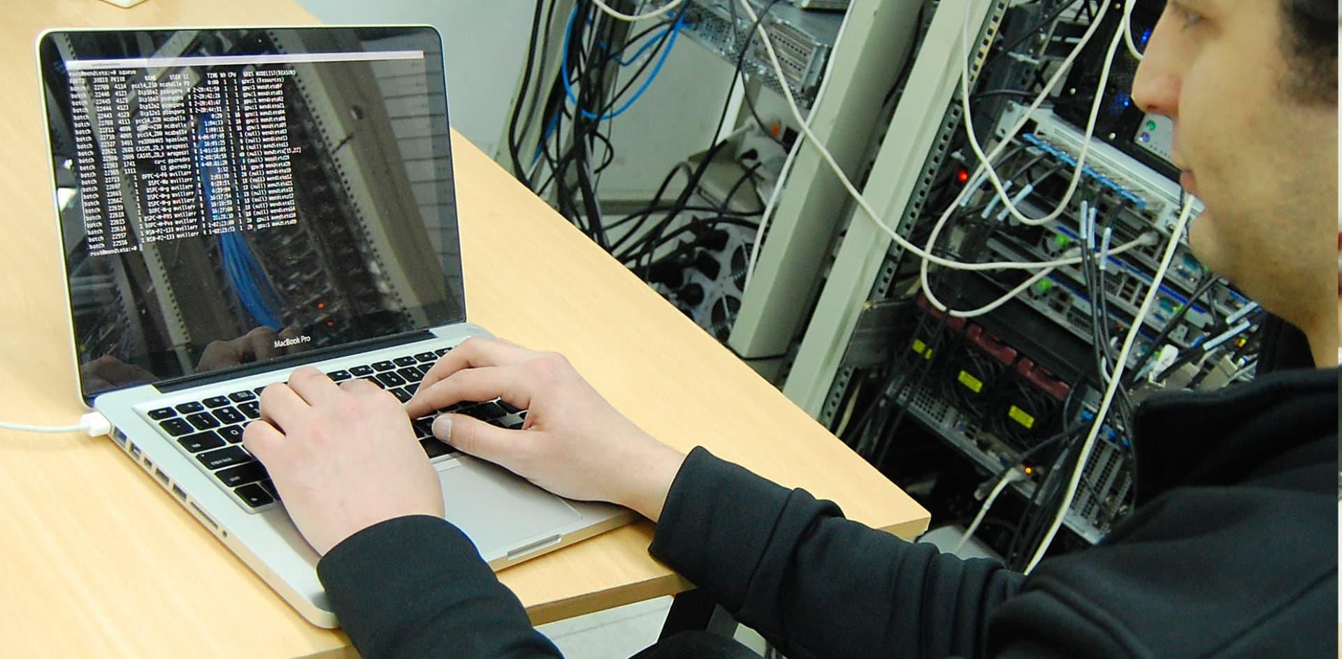 IBM premió a investigadores en computación de la UNC