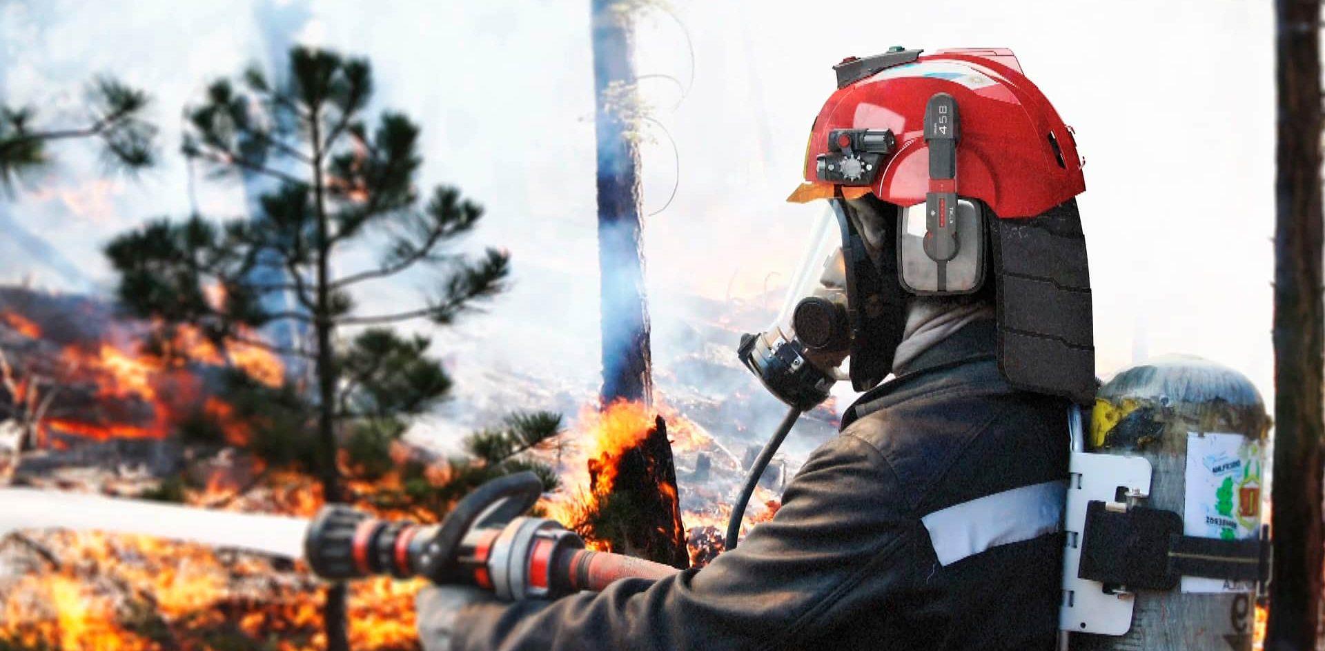 Diseñan un casco con innovaciones tecnológicas para mejorar la seguridad de los bomberos cordobeses