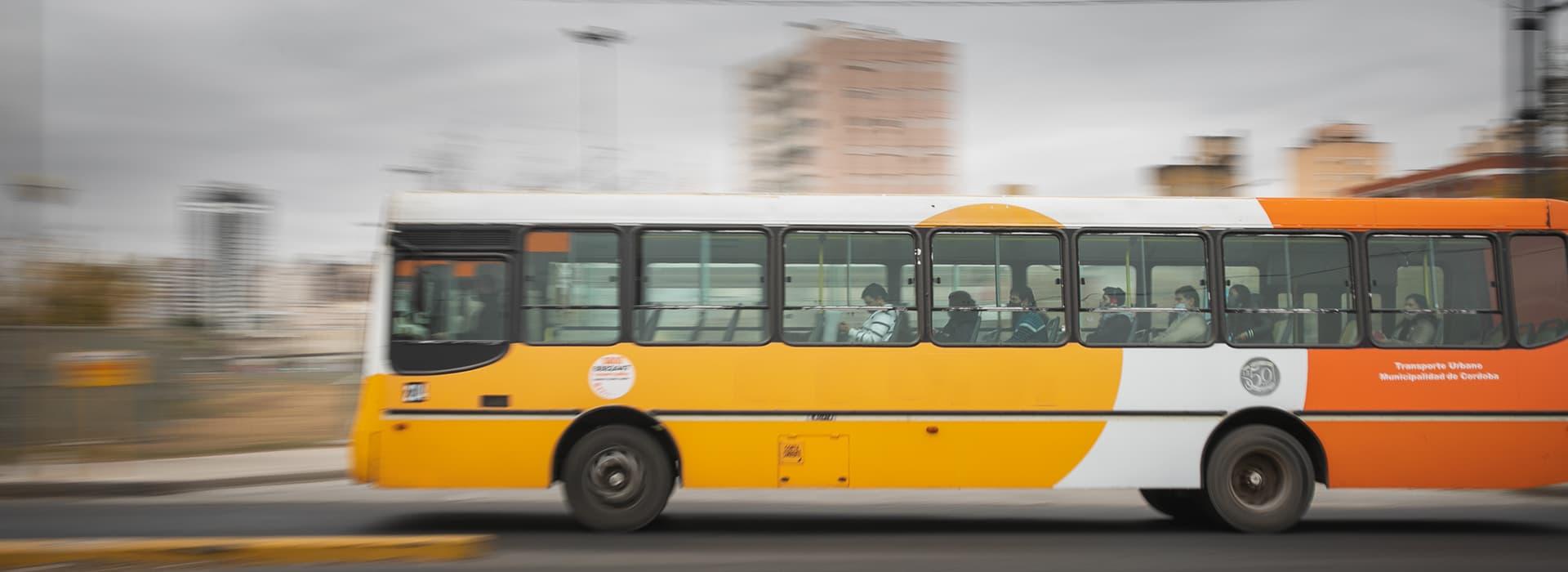 Imagen | Transporte público, transporte activo e intermodalidad