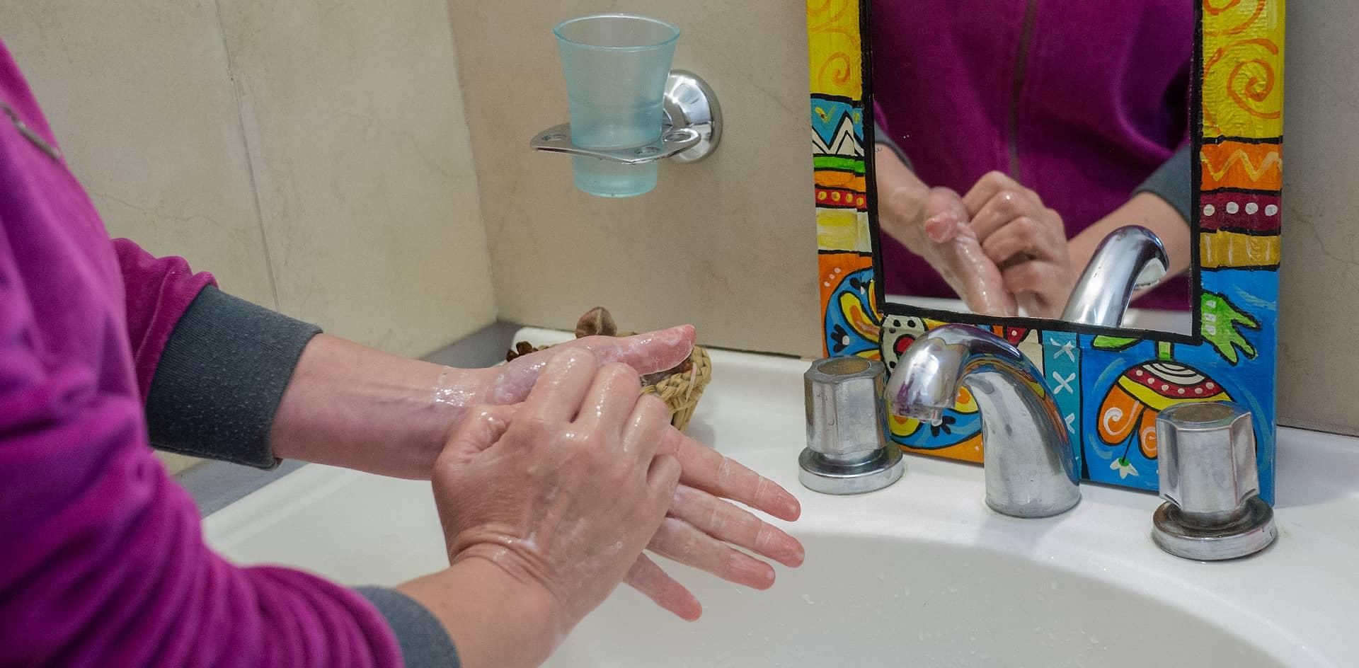 Lavado de manos en la pandemia: con la frecuencia adecuada, pero sin la duración suficiente