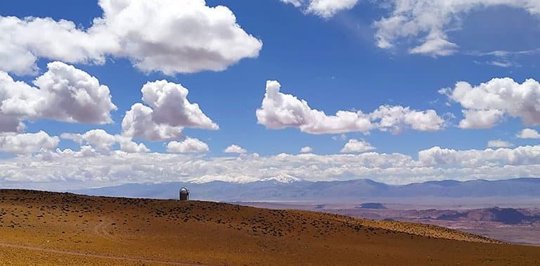 Domo del proyecto TOROS en el cerro Macón