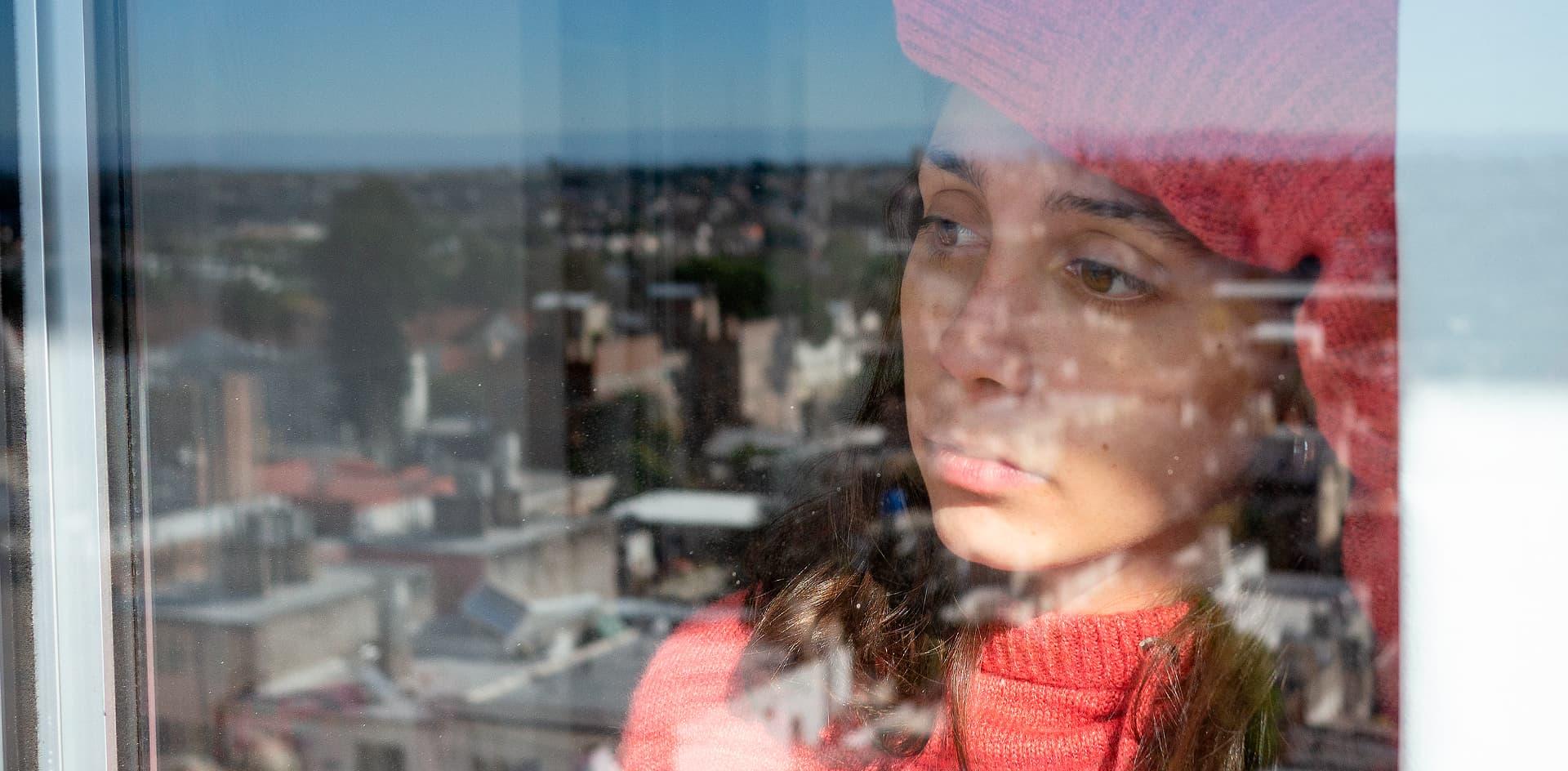 Investigan el impacto de la cuarentena en la salud mental de estudiantes de nivel universitario