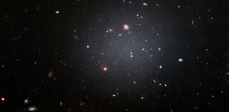 Investigación ayuda a descifrar cómo se formaron las galaxias más enigmáticas del universo