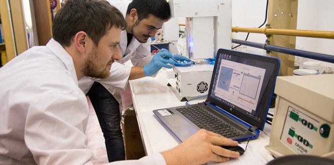 La primera impresora 3D de medicamentos está en la UNC